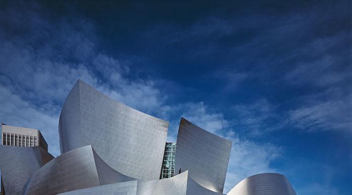TOP 12 neobyčajných budov po celom svete - Frank Gehry 2