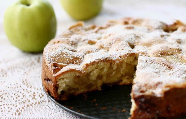Domáci koláč na zimné dni - Sharlotka s jablunkami 2